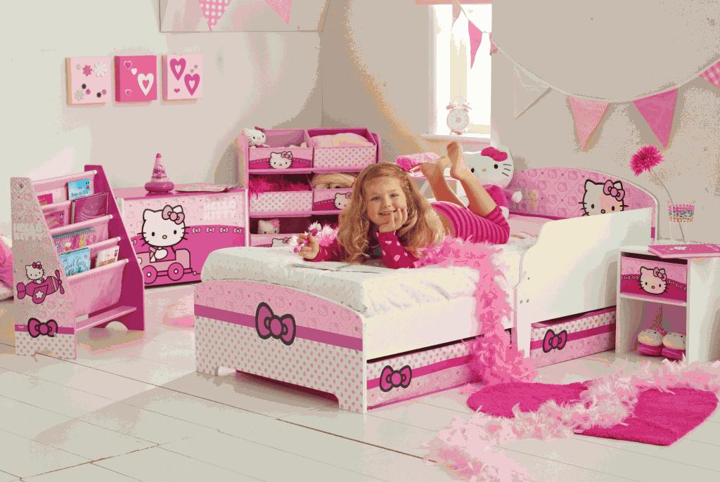 Mooie Hello Kitty slaapkamer.