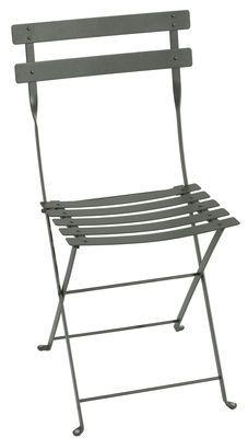 Chaise Pliante Bistro Fermob Vert Gris Made In Design Chaise Pliante Chaise Bistrot Chaise D Exterieur