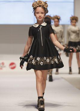 hermosa moda de ropa para nias de barcarola de todo nios