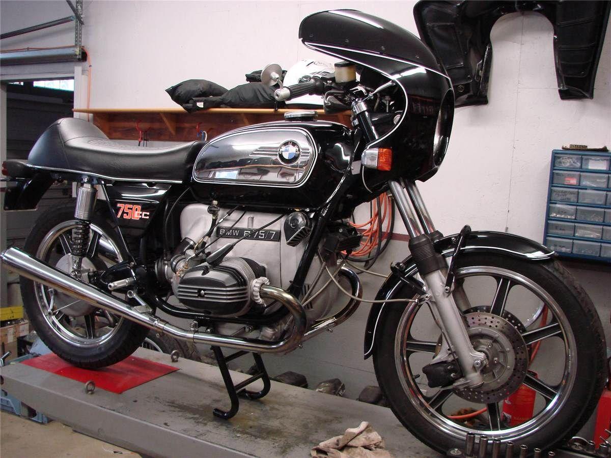 BMW 750. Motorcycle GarageBmw