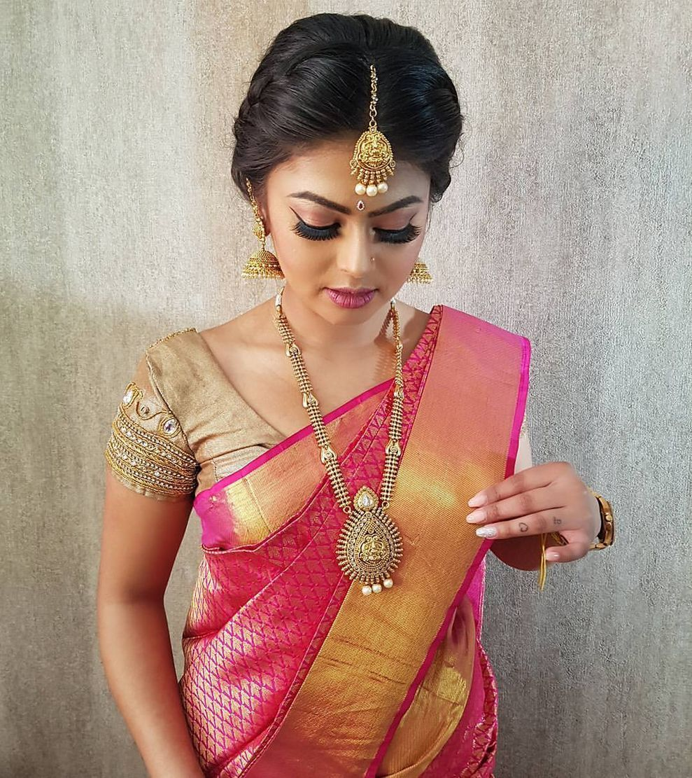48 Stylish Wedding Hairstyle Ideas For Indian Bride Indian Bride Hairstyle Indian Bridal Indian Bridal Hairstyles