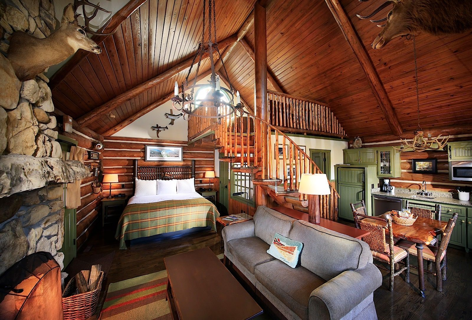Beautiful cabins interior - Cabin Plans