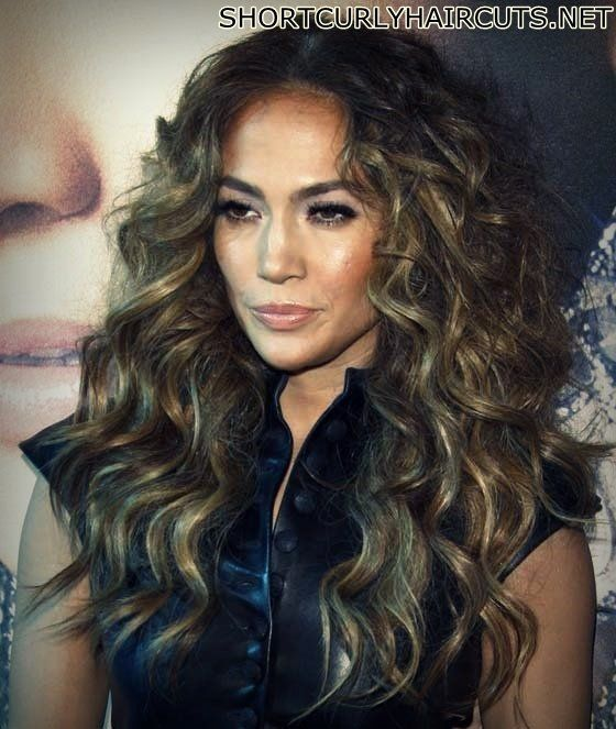 The Different Curly Hairstyles For Women Over 40 Curly