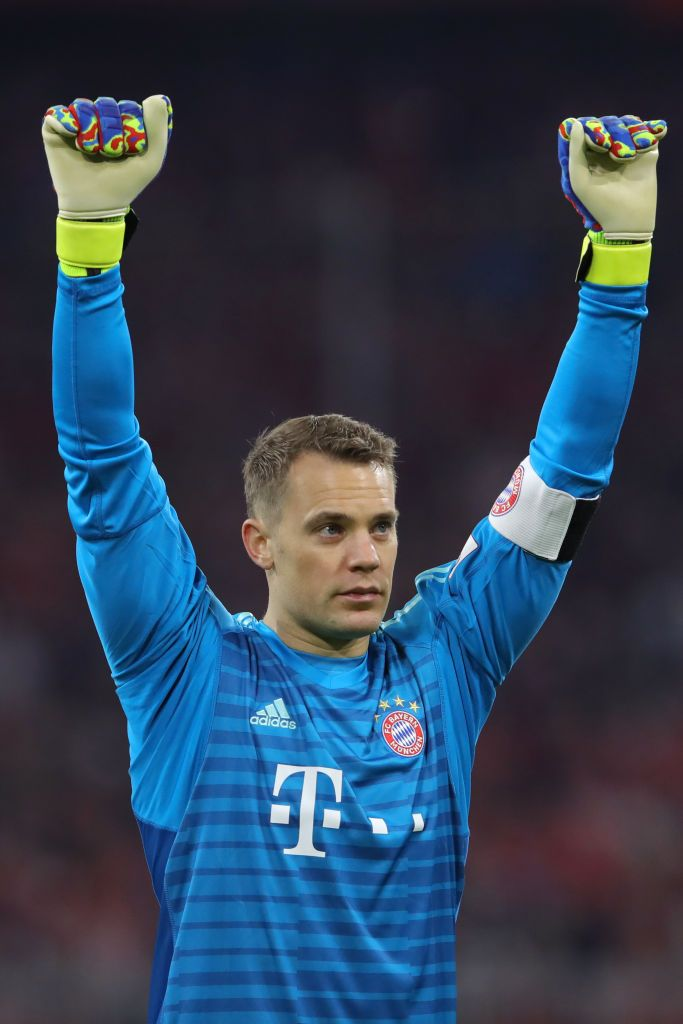 MUNICH, GERMANY - APRIL 06: Manuel Neuer of Bayern Munich celebrates victory after the Bundesliga match between FC Bayern Muenchen and Borussia Dortmund at Allianz Arena on April 06, 2019 in Munich, Germany. (Photo by Alexander Hassenstein/Bongarts/Getty Images)