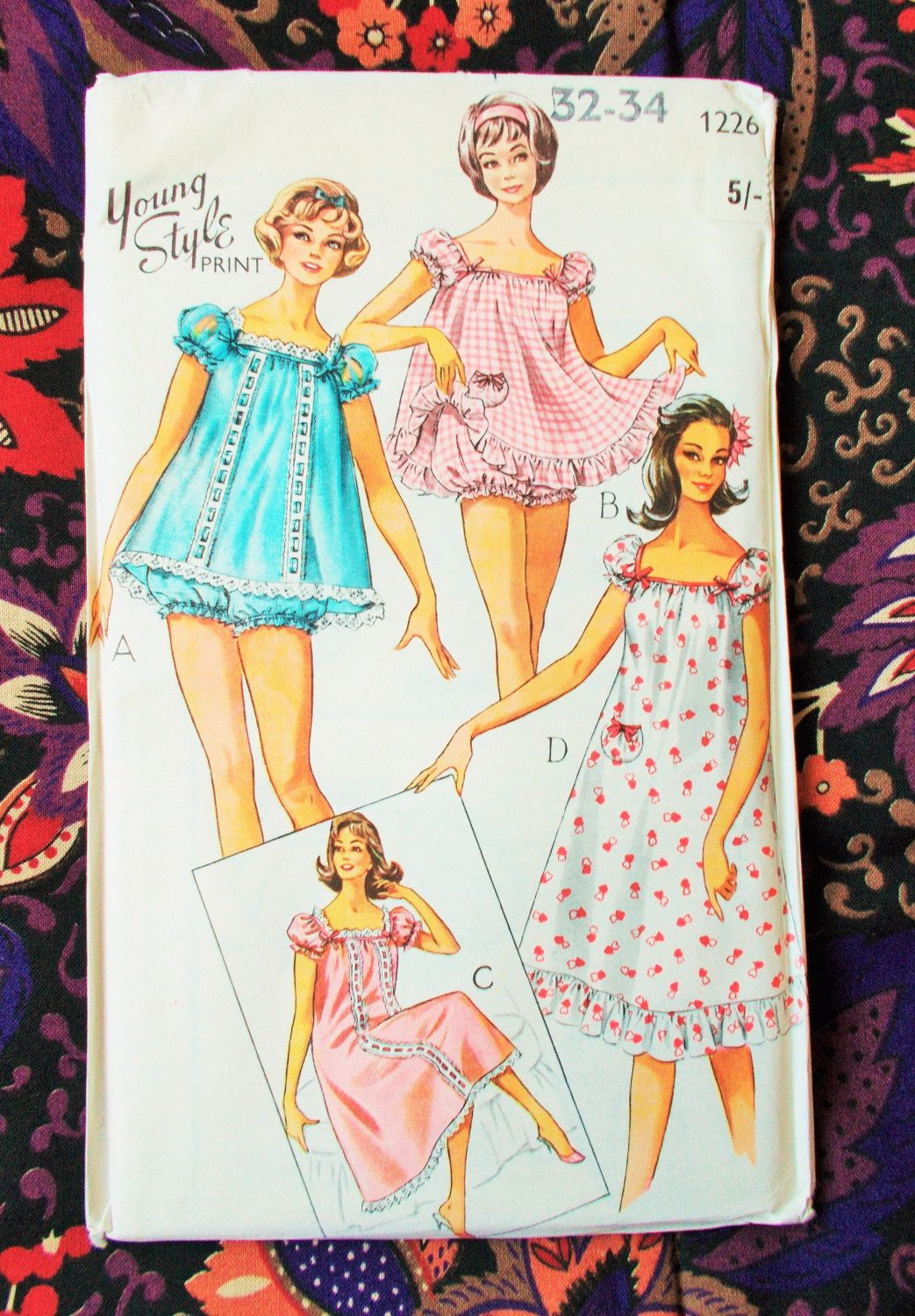 Style Sewing Pattern - 1950\'s - Woman\'s baby-doll pyjamas and ...