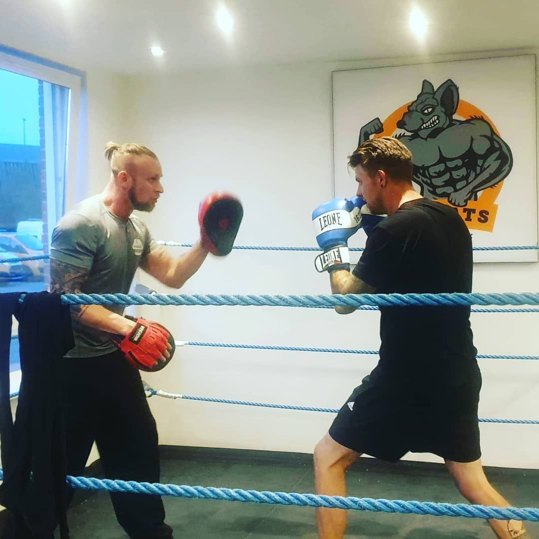 DUH boxing 😍🥊🥊🥊 Loving it  #duh_dk  #foodprep #training #workout #bodybuilding #fitness #lifestyle #...