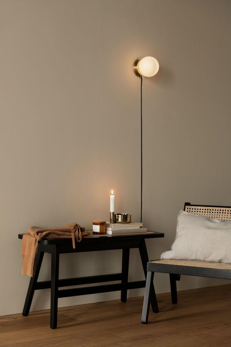 Rattan Seat Bench Black Rattan H M Gb En 2020 Decoration Interieure Salle A Manger Taupe Interieur Maison