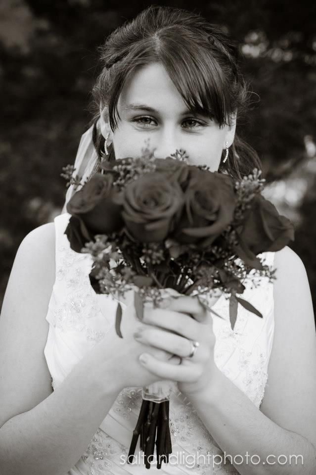 Salt & Light Photography #wedding #photo #bride #flowers