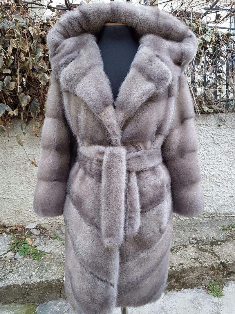 Новая норковая шуба Saga Furs. Размер 46-48. Цена 120 000 рублей. Длина изделия: 95 см, грудь: 106 cм, рукава 56 см ❤