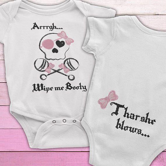 I/'m Proof Mommy Can/'t Resist Veterinarians Funny Vet Baby Onesie Cute One Piece Baby Bodysuit
