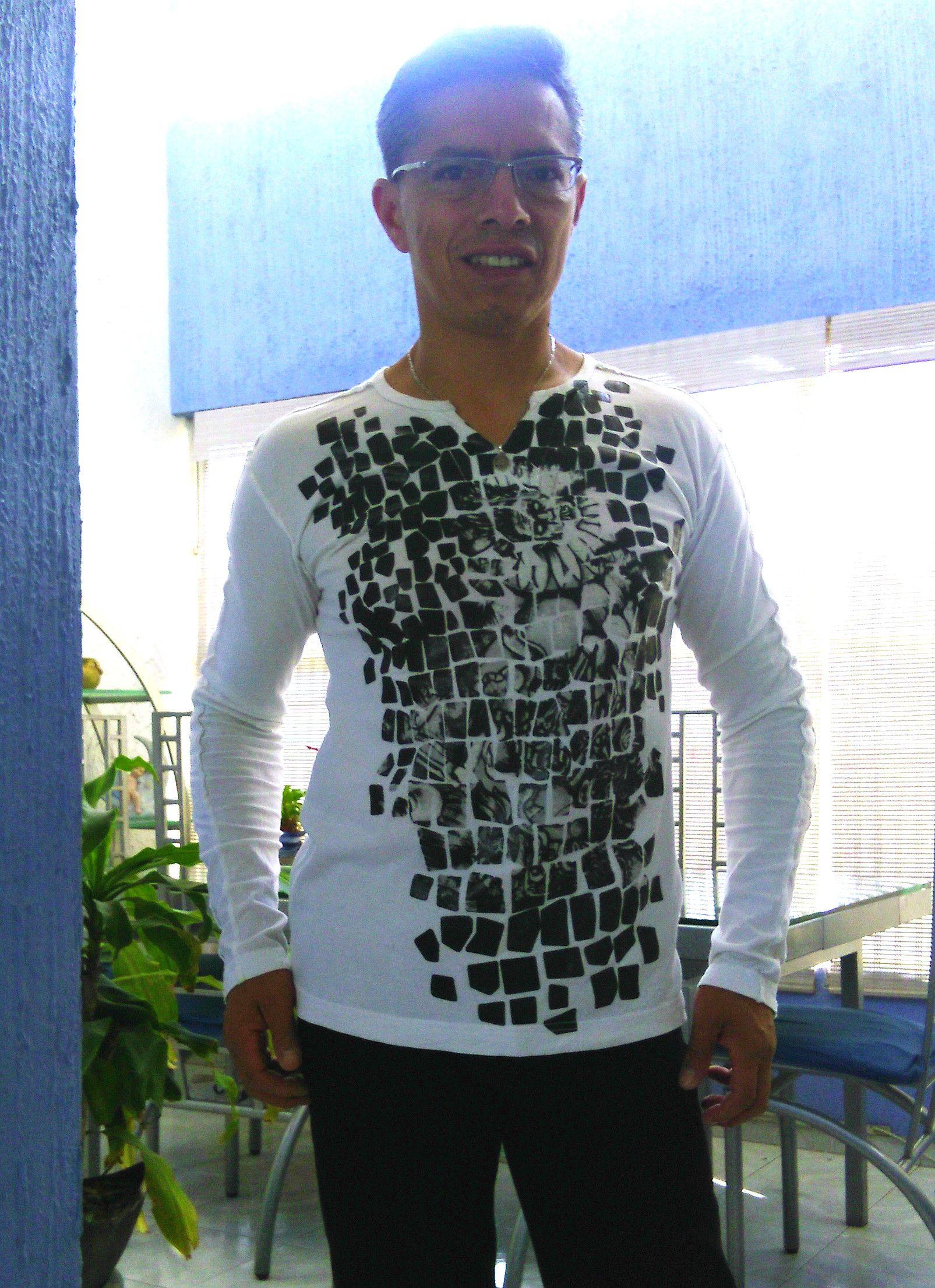 Pin de Alejandro Lopez Morales en Playeras mexicanas  4e56b3e1ddc89