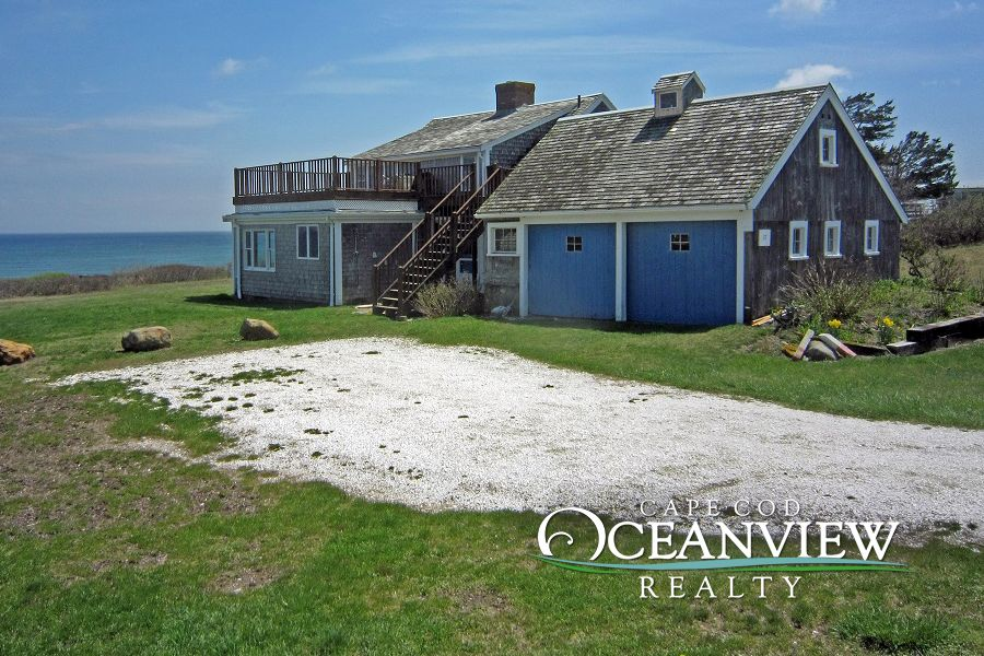 Nauset Heights The Ocean At Your Doorstep A Classic Cape Cod Jewel Enjoy The Tranquility Of This Cape Cod Vacation Rentals Beach Properties Cape Cod Beaches