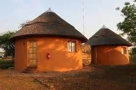 South Africa Rondavel Cone And Cylinder Construction Mud House Unusual Homes Rammed Earth Homes