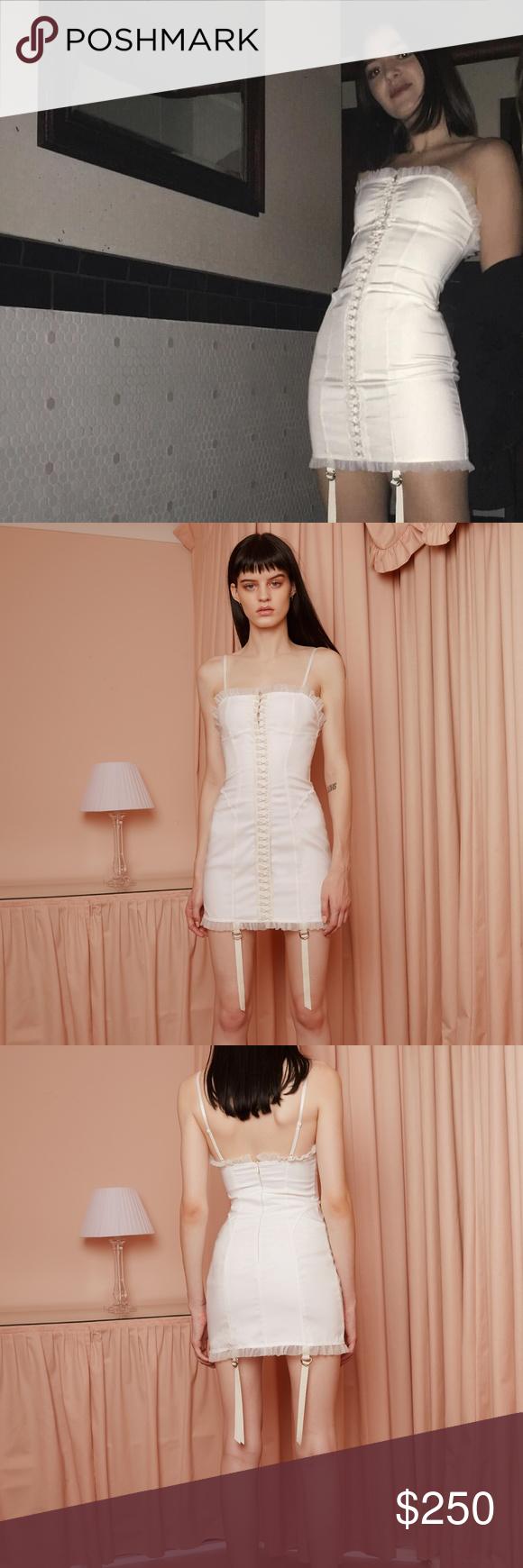 Daisy Daisy TV Satin Sculpt Dress - XS NWOT Never worn f65e1741e