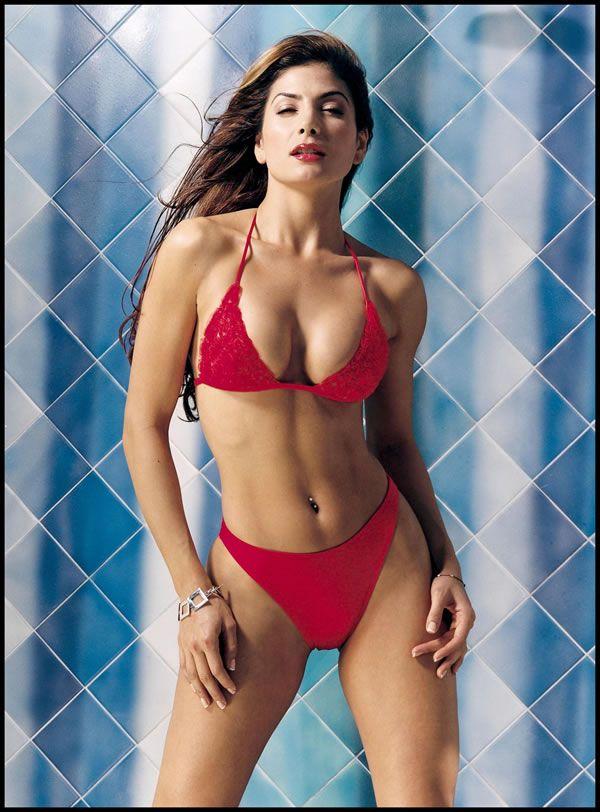 Patricia manterola bikini