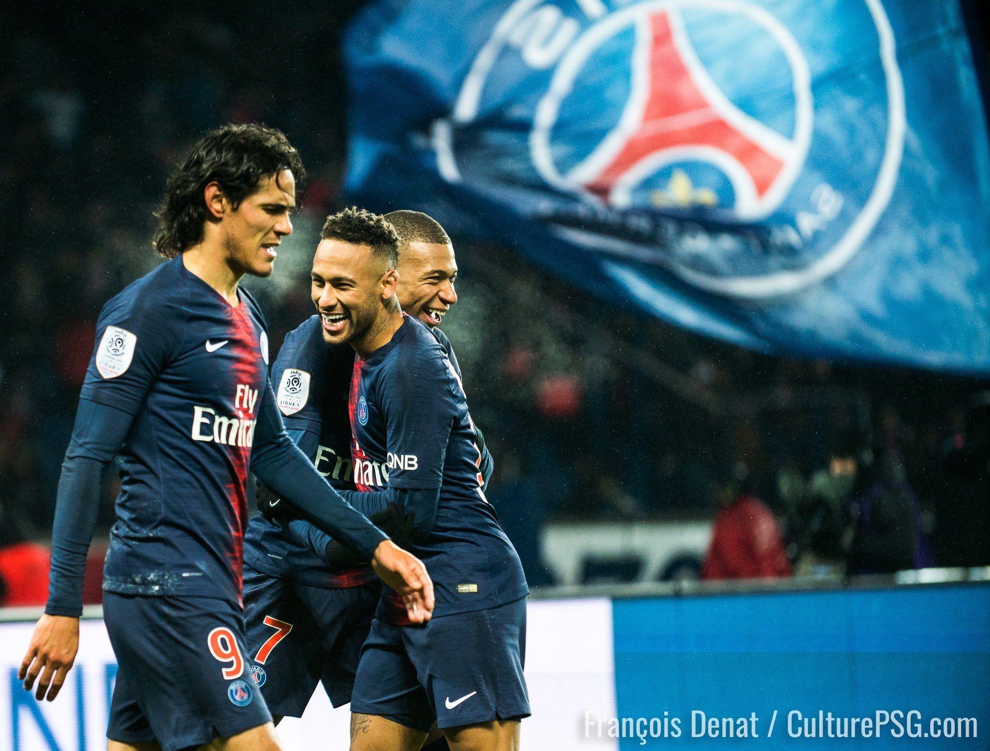 Pin By Wiliette Vakiaku On Paris Saint Germain Paris Saint Germain Neymar Jr Paris Saint