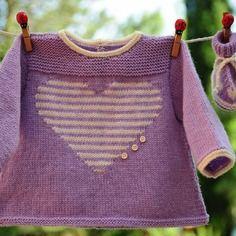 Layette ensemble mérinos 3 mois coeur neuf tricoté main brassière et chaussons