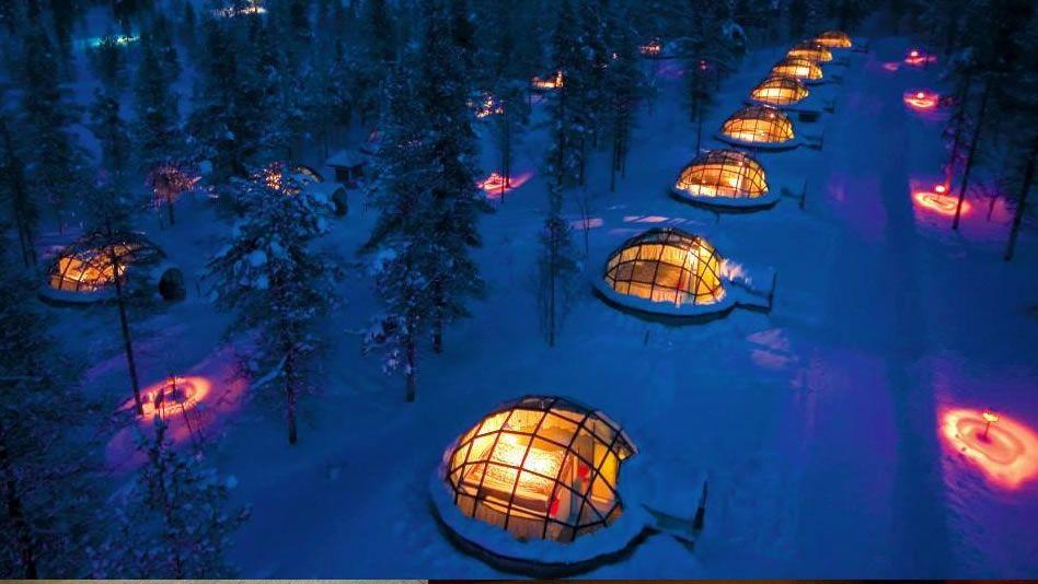 Hospédate en un iglú en el hotel Kakslauttanen en el Círculo Polar Ártico de Finlandia