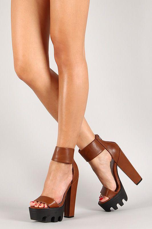 2f25843fe989 Wild Diva Lounge Open Toe Chunky Platform Heel