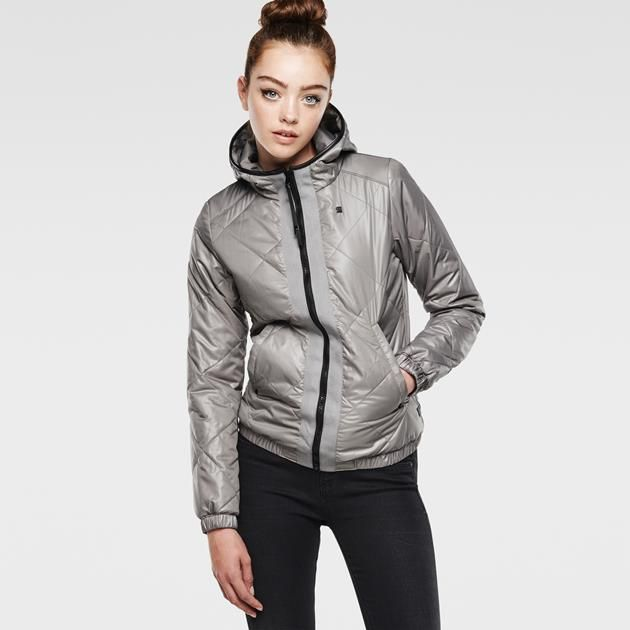 Diamond quilted overshirt with a hood and contrast shoulder.