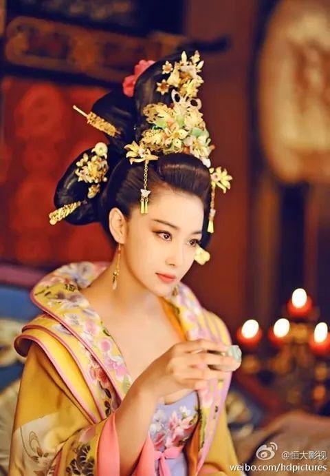 aficionado asiático dama
