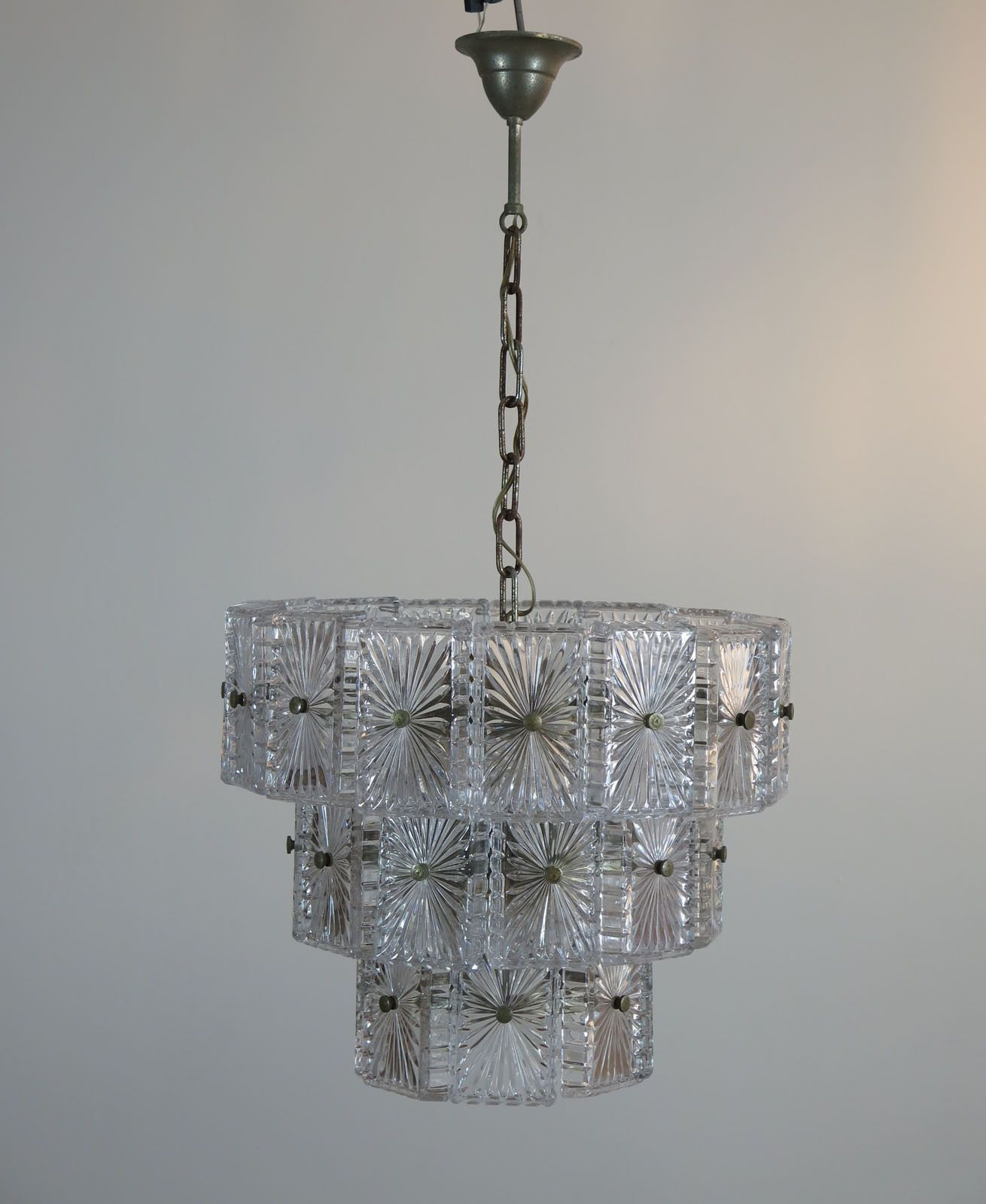 Vintage mid century italian glass chandelier murano ebay vintage mid century italian glass chandelier murano ebay arubaitofo Choice Image