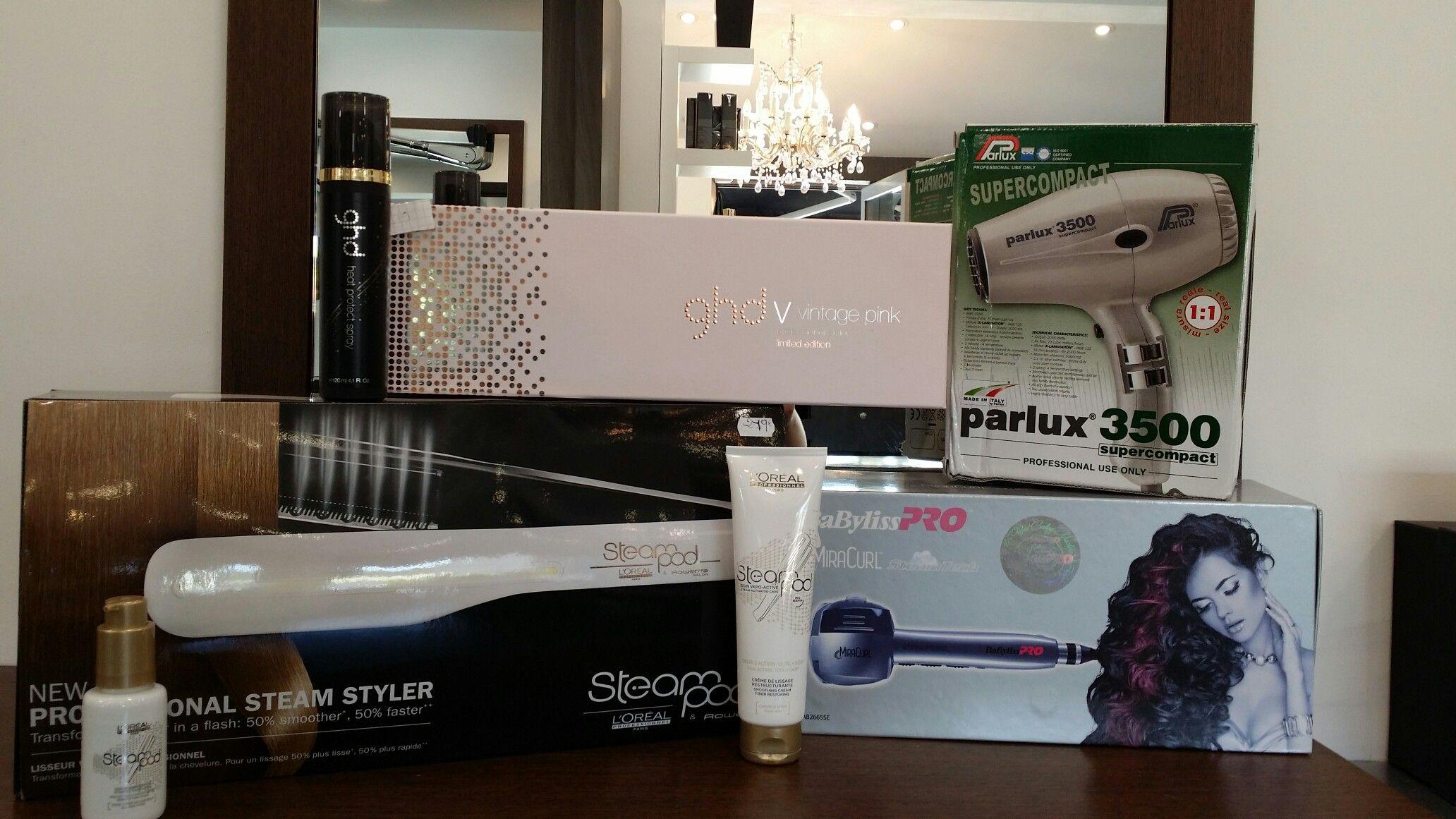 Steampod, GHD, Miracurl, Parlux.  Voici les appareils en vente dans notre salon N'hésitez pas pour plus de renseignement!
