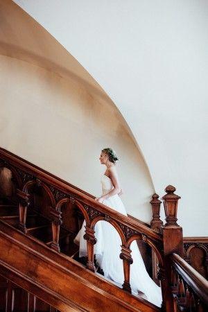romantic wedding photography - photo by Sarah Kriner Photography http://ruffledblog.com/dutch-still-life-wedding-inspiration