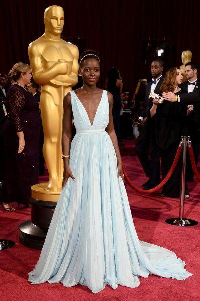 Eines der schönsten Oscar-Kleider der vergangenen Jahre trug Lupita Nyong'o....