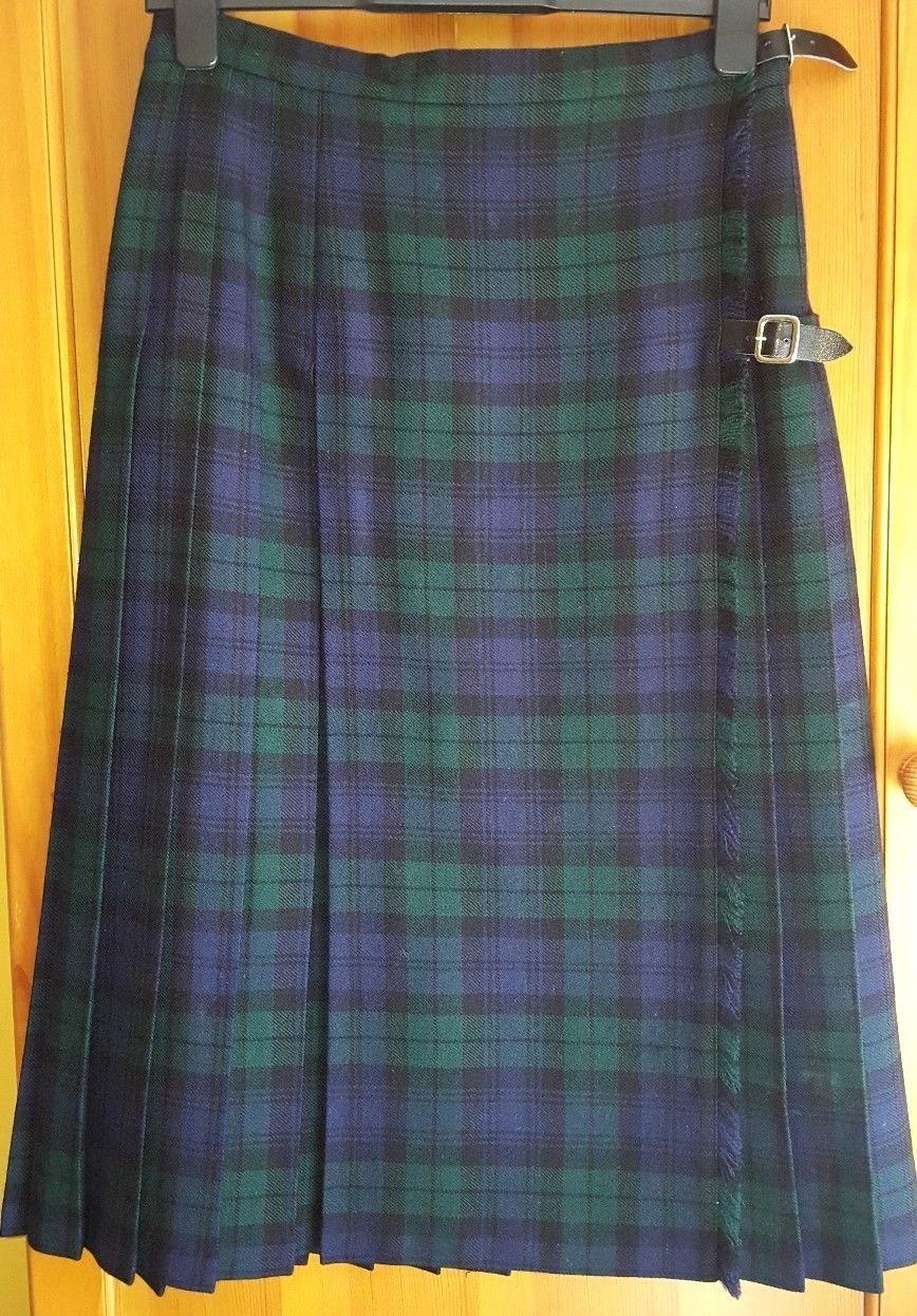 9a1c03a7c St Michael Women's Vintage Tartan Pure New Wool Navy Green Skirt Kilt Size  14 | eBay