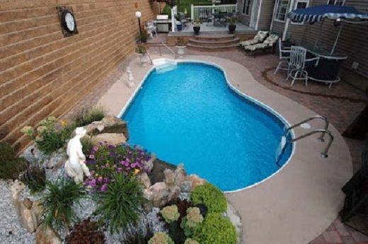 Dise os de jardines con piscinas jardines peque os con for Disenos de albercas para espacios pequenos
