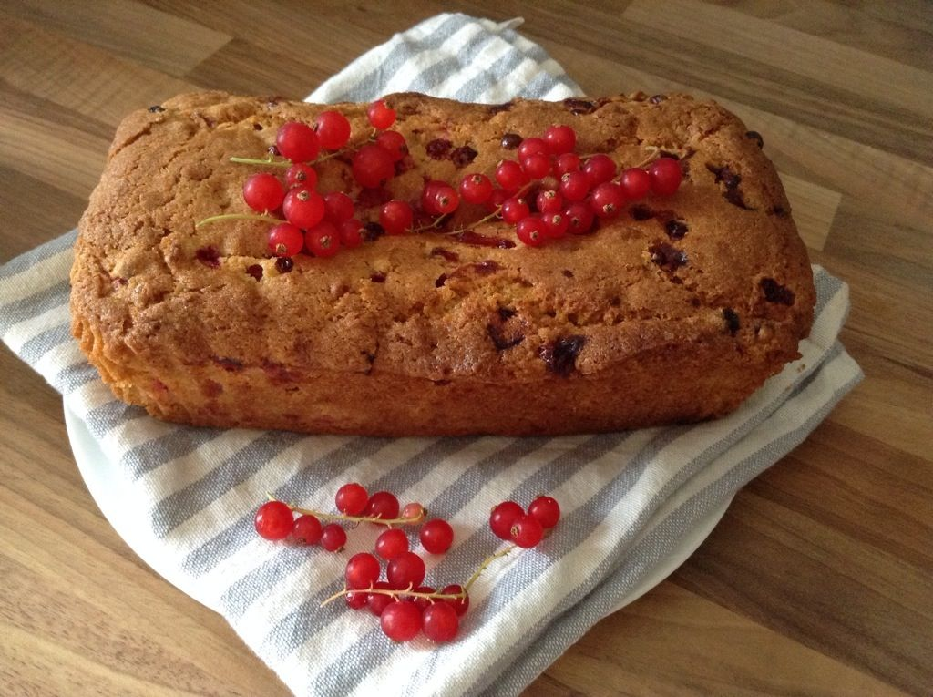 Redcurrant and orange loaf cake from BakingQueen74