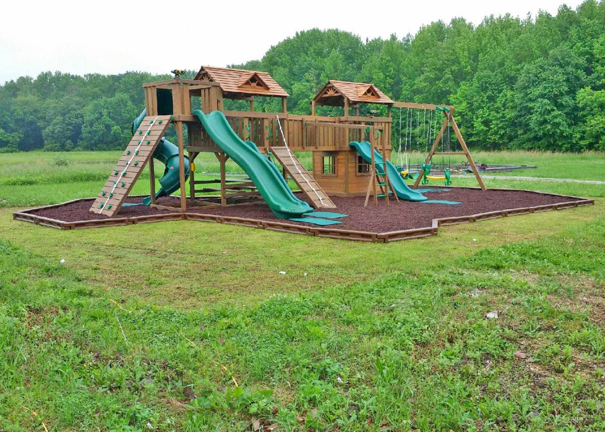 creative playthings combo swing set made with both williamsburg