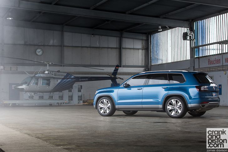 Volkswagen CrossBlue Concept Driven