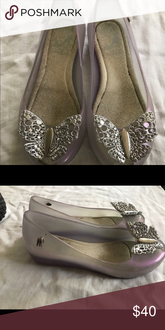 Mini Melissa Cinderella shoes size 11 Very good condition. Dirty insoles. Mini Melissa Shoes