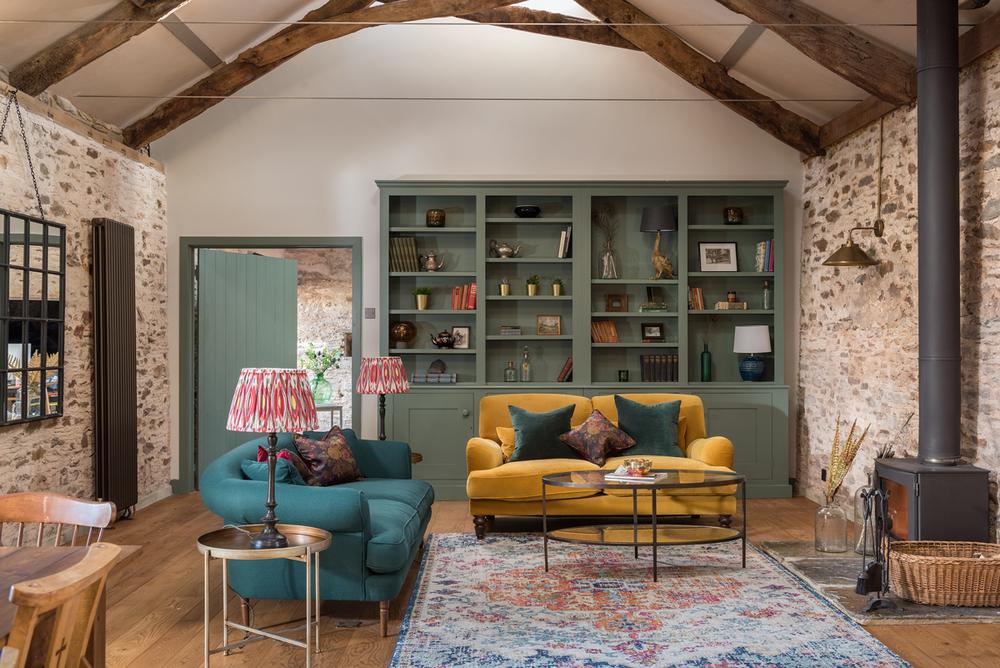 Une Grange Renovee Et Son Cottage Pour Changer De Vie Dans Le Devon Planete Deco A Homes World Interieur Maison De Campagne Grange Renovee Grange