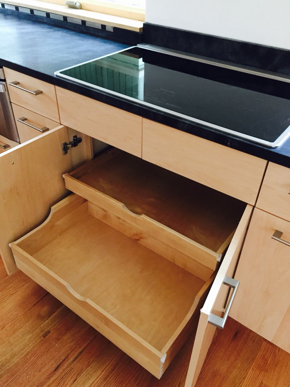 Shallow drawers to accommodate downdraft | LuxeMark Kitchens and ...