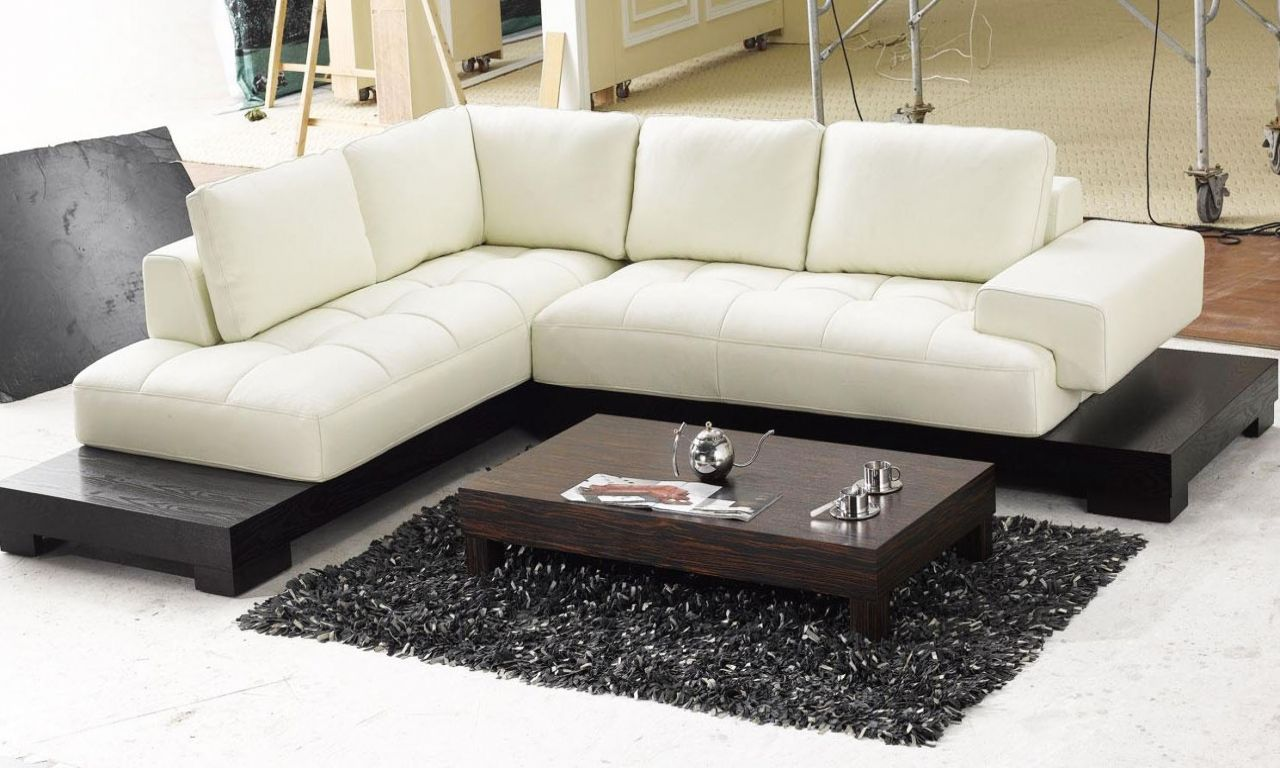 Small Low Profile Sectional Sofa In 2020 Sectional Sofa With