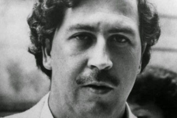 Revela quién mató a Pablo Escobar | AccionMusical - Lider de Musica y Noticias