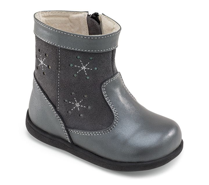 See Kai Run Mizuki In Gray This Leather And Suede Girls Boot