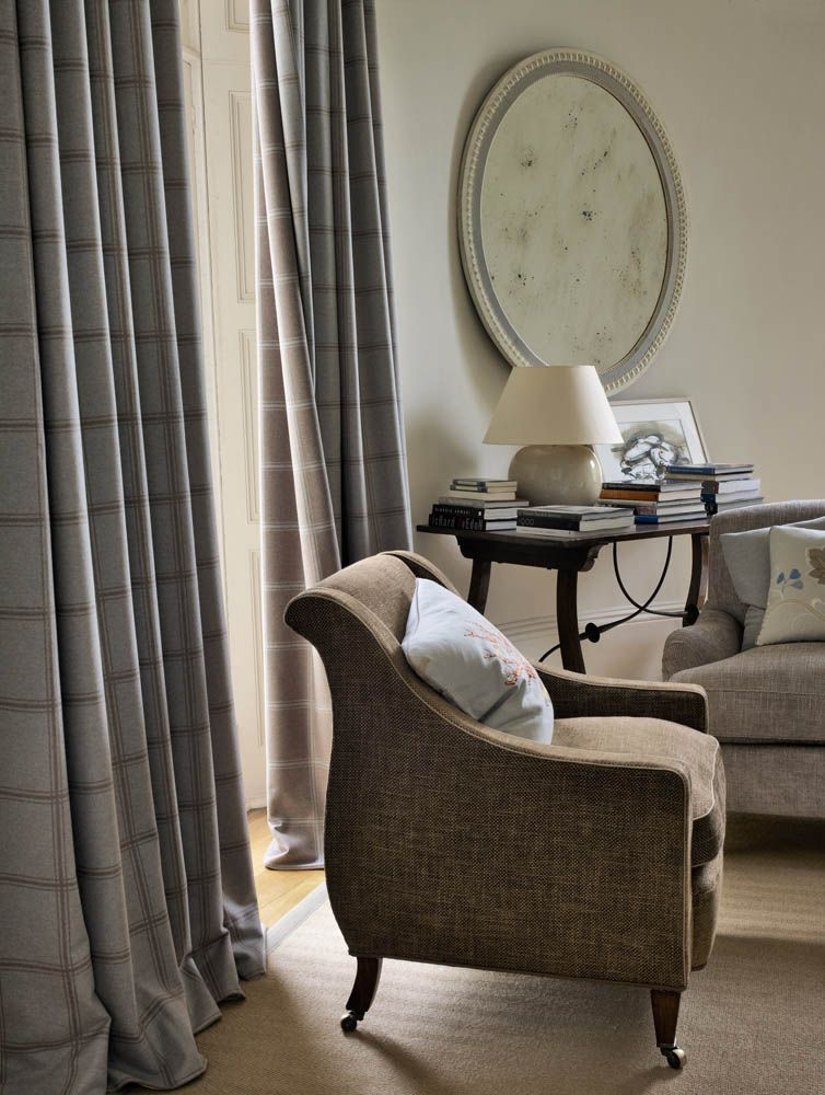 Colefax And Fowler S Lisle Stripe Drapes Stratford Chairs