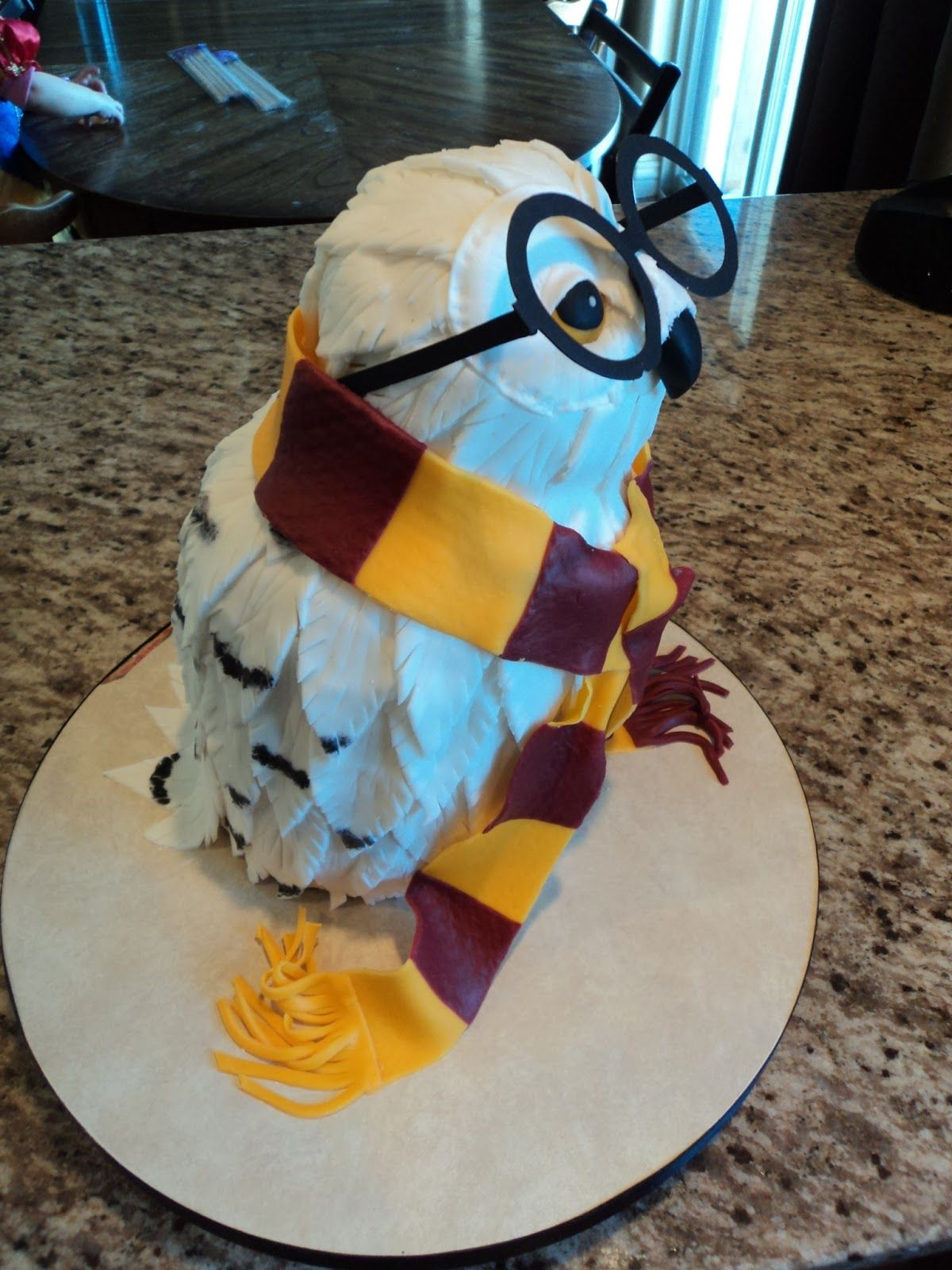 Outstanding Harry Potter Hedwig Owl Cake With Images Harry Potter Birthday Personalised Birthday Cards Sponlily Jamesorg