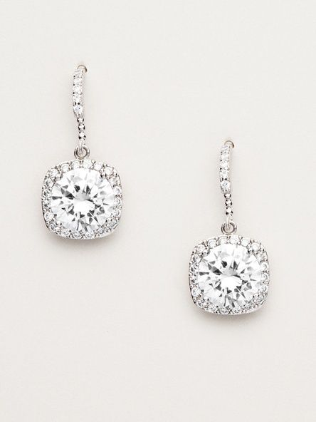 Perfect Pair Of Diamond Earrings For Your Everyday Wear