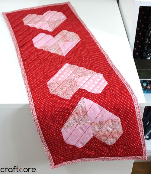 Mirroed Heart Table Runner for Valentine's Day