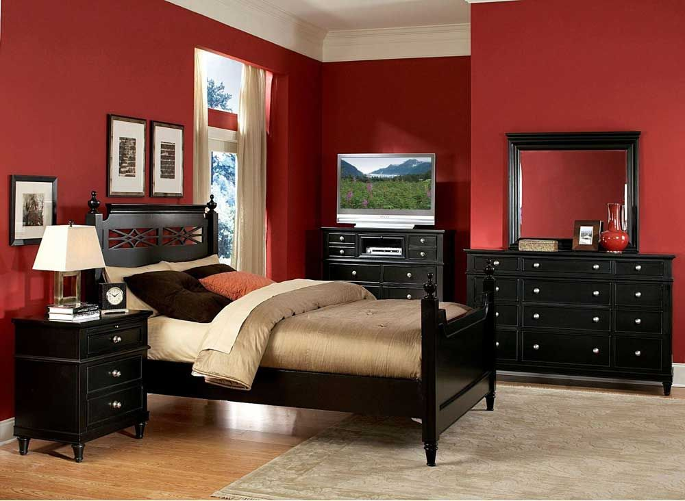 Red Black Wall To Give Modern Appereance For Your Bedroom Red