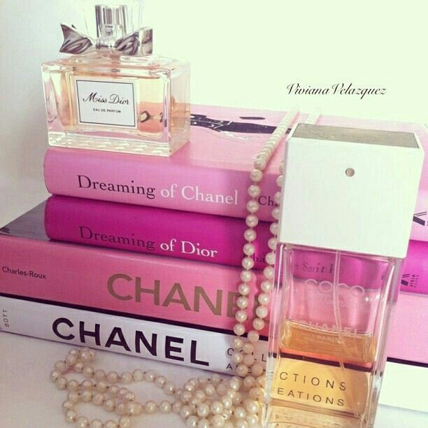 Home Design Ideas Buch: Book Pink Style Fashion Pearls Perfum Dior Chanel Dreams