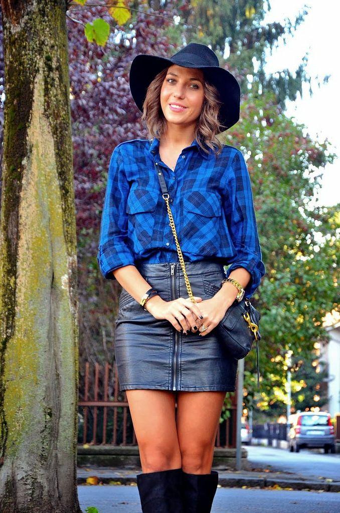 540df52c2b Plaid snap up shirt & black leather skirt | Что надеть