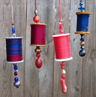 BonnieProjects: Recycled Bobbin Christmas Ornaments