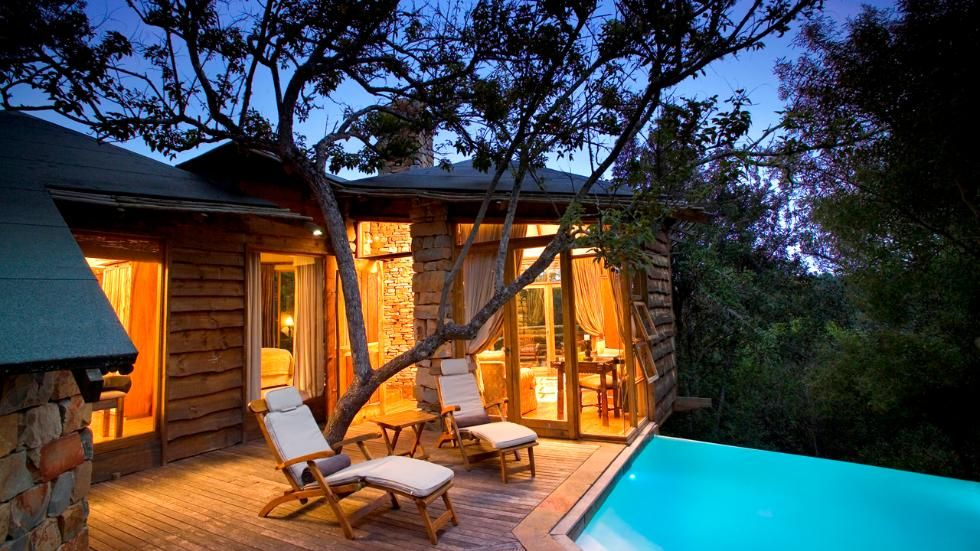 Located between the coastal towns of Knysna and Plettenberg Bay in South Africau0027s Western Cape & Worldu0027s Most Incredible Treehouse Hotels (PHOTOS | Spa bathrooms ...