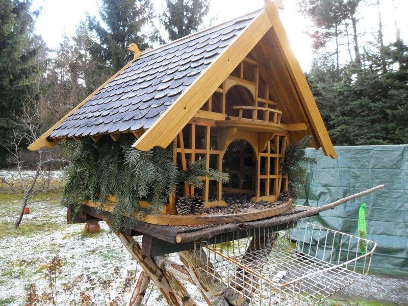 Grosses Vogelfutterhaus Im Umgebinde Stil Bauanleitung Zum